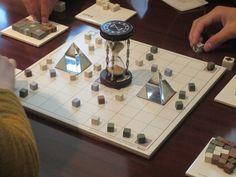 今、なぜボードゲームが人気なのか?世界一平和な魔法の魅力  –  BOARD GAME NOUVEAU(ボードゲームヌーヴォー)  - ファンファン福岡