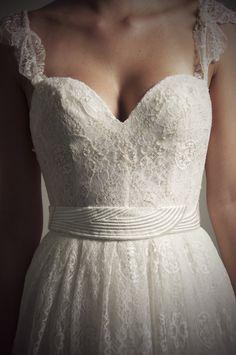 Francesca Miranda | Bridal  I just fell in love with this dress!