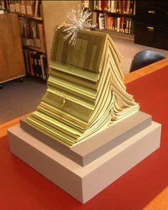 Árboles de NAvidad con libros
