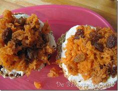Worteltaart beleg > worteltjes, honing, kaneel, rozijnen, roomkaas