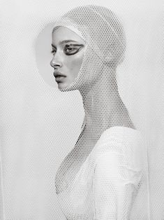 Deconstructed : a series of beautiful portraits by Elena Iv-skaya Artistic Photography, Portrait Photography, Fashion Photography, White Photography, Portraits, Photo Makeup, Deconstruction, Female Portrait, White Art