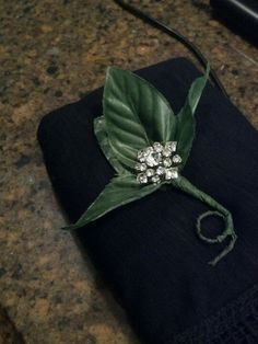 Brooch boutonniere for groom