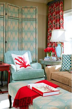 It's true! I LOVE red and teal together! Sure NO one has noticed!!! bah ha ha