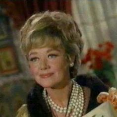 Glynis Johns as Lady Penelope Peasoup from ''Batman'' Batman 1966, Im Batman, Batman Robin, Superman, Glynis Johns, Ghoul School, The Happy Prince, Burt Ward, History Of Television