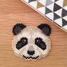 panda my little bazaar Seed Bead Patterns, Peyote Patterns, Loom Patterns, Beading Patterns, Art Perle, Motifs Perler, Panda Gifts, Diy Accessoires, Peyote Beading