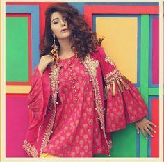 Looks cool, right? Pakistani Fashion Party Wear, Pakistani Wedding Outfits, Indian Fashion, Stylish Dress Designs, Stylish Dresses For Girls, Casual Dresses, Casual Wear, Stylish Girl, Simple Pakistani Dresses