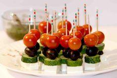 Канапе с сыром и оливками на шпажках - фото №8