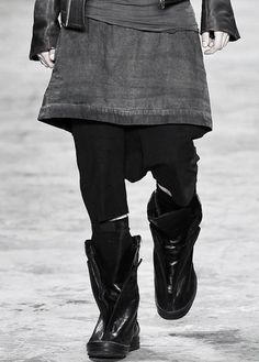 tairadawn:  Rick Owens Mens SS 10 Paris