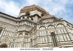 stock-photo-florence-firenze-tuscany-italy-the-cathedral-dome-by-brunelleschi-301816298.jpg (450×320)