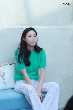 mostly dramas and movies Unisex Fashion, Girl Fashion, Fashion Outfits, Womens Fashion, K Idol, Office Looks, Korea Fashion, Korean Actresses, Celebs