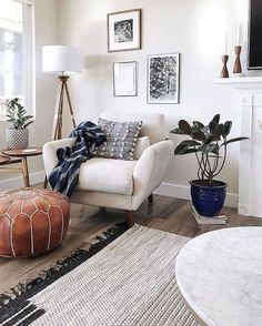 15 Modern Living Room Design Ideas to Upgrade your Home Style – My Life Spot Living Room Modern, Living Room Interior, Home Living Room, Living Room Designs, Living Room Decor, Small Living, Cozy Living, Dining Room, Apartment Living