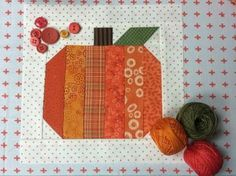 FREE Pumpkin Quilt Block Tutorial This adorable scrappy pumpkin block comes together in a snap, so it's perfect project for weekend warriors who are looking for a fun way to usher in fall. Quilt Block Patterns, Pattern Blocks, Quilt Blocks, Patch Quilt, Quilting Tutorials, Quilting Projects, Sewing Projects, Fall Sewing, Halloween Quilts