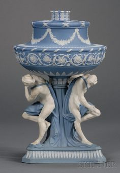 Wedgwood Solid Blue Jasper Michelangelo Vase and Cover, England, 18th century