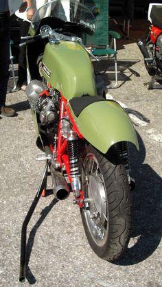moto guzzi v7 sport race bike