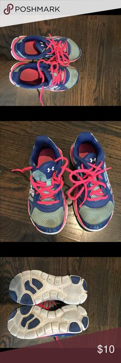 Under armour sneakers size 1 girls youth Under armour sneakers size 1 girls youth Under Armour Shoes Sneakers