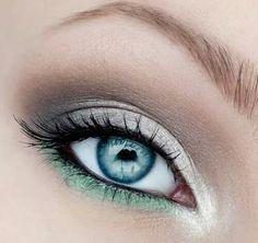 Trucco occhi grigio e verde acqua