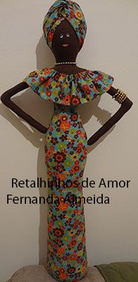 Boneca Africana em tecido                                                                                                                                                     Mais Fabric Dolls, Paper Dolls, Art Dolls, African Crafts, Newspaper Crafts, Bottle Art, Doll Clothes Patterns, Diy Art, Puppets