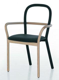 Silla Gentle, en madera y piel, para Porro, ganó un Premio Edida 2012 al Mejor Asiento.