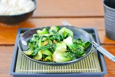In this sesame bok choy recipe, the bok choy is simply stir fried. The addition of sesame oil gives this simple dish its aromatic smell and taste.