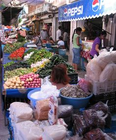 Centro (Market) in Axochiapan, Morelos Mexico. Can't wait to bring Alex and Will here someday.