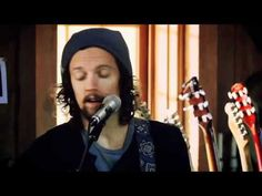 """I WON'T GIVE UP""- Jason Mraz and Daryl Hall. This is good."
