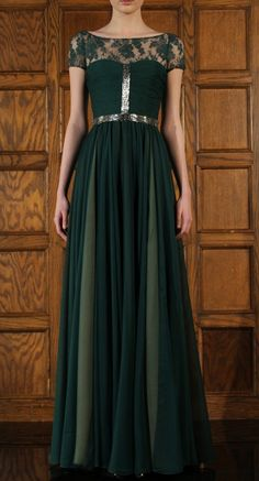 Beautiful Reem Acra green gown, perfect for enchanted forest wedding bridesmaids