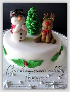 Instead of for a cake, could make figurines out of clay Christmas Cake Designs, Christmas Cake Topper, Christmas Cake Decorations, Christmas Cupcakes, Christmas Sweets, Holiday Cakes, Christmas Baking, Cake Packaging, Theme Noel