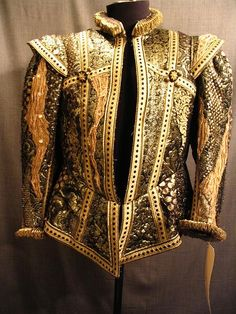 Black and Gold Doublet