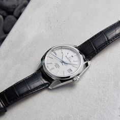 Grand SeikoさんはInstagramを利用しています:「【Seiko Since 1881 The Artisan of Time −時ノ技−】ウオッチデザイナー 小杉 修弘 篇 —-…」 Seiko Watches, Leather, Accessories, Instagram, Jewelry Accessories