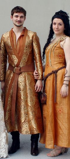 winter is coming Game Of Thrones Outfits, Got Game Of Thrones, Larp, Princes Fashion, Matching Costumes, Kit Harrington, Halloween Costumes, Men's Costumes, Costume Ideas