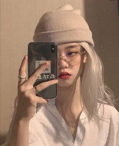 ⨾ bellediore. ❞ Korean Beauty Girls, Pretty Korean Girls, Cute Korean Girl, Asian Girl, Korean Aesthetic, Bad Girl Aesthetic, Uzzlang Girl, Girl Face, Icon Girl