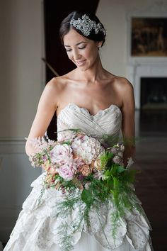 Beautiful Baroque Bridal Shoot | Linen and Silk Weddings | Fiona Kelly Photography | Bridal Musings Wedding Blog 10