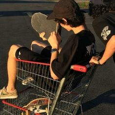Pushing cart west forest in cart clean punk 𝐩𝐢𝐧 : 𝐧𝐞𝐢𝐲𝐡𝐡