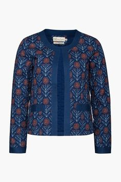 The Hawthorn Jacket adds style to any outfit. Made from lightweight cotton poplin in a unique Seasalt print, it's a beautiful, semi-fitted quilted jacket.