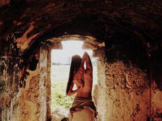 """ArtAbout.it oggi presenta un altro shooting di Elena Pezzetta, dal titolo """"Astrid"""". Buona visione!"""