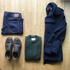 Outfit by: @thenortherngent   ______________   @thenortherngent for more outfits.  #SHARPGRIDS to be featured.  ______________  Sweater: Racing Green   Shoes: Clarks Originals   Trousers: Gap   Coat: @rochasofficial   ______________  #outfitgrids #gqstyle #styleformen #ootd #lookbook #flatlay #flatlays #outfitgrid #falloutfits #mensstyle #outfitinspo #ootdmen #ootdfashion #rochas #rochasparis #peacoat #clarks #desertboots #gap #selvedgeforum #selvedgedenim