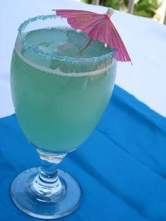 Dragonfly Mocktail:  Ginger ale, pineapple, blue raspberry, lemonade