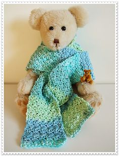 """Free Pattern for the scarf - """"single double single double single double"""" - I like it!"""