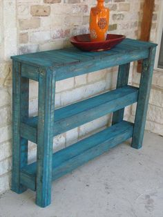 We have created a DIY pallet sofa side table which can also be a great entertainment center in your media room. The construction is has zero difficulty level