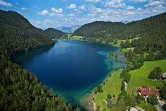 Der #Hintersteinersee in #Scheffau am Wilden Kaiser #wilder #kaiser #wilderkaiser #skiresort #wandern #wanderlust #natur #berge #tirol #alpen