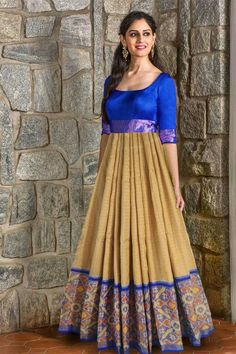 lovely colors and pattern. Love the full skirt! Saree Gown, Sari Dress, Anarkali Dress, Lehenga, Anarkali Suits, Indian Long Frocks, Indian Gowns, Indian Outfits, Ikkat Dresses