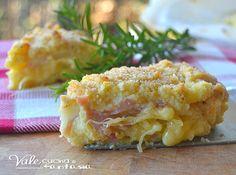 Torta di patate con prosciutto e formaggio,una ricetta ottima e amata dai bambini, un goloso e sostanzioso piatto da presentare come secondo o piatto unico