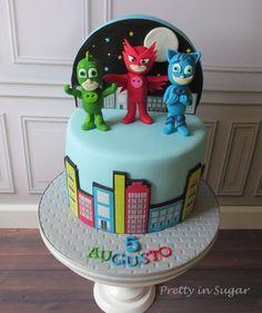 Risultati immagini per pj masks cake Pj Masks Birthday Cake, Toddler Birthday Cakes, 5th Birthday Party Ideas, Boy Birthday, Torta Pj Mask, Pj Max, Festa Pj Masks, Mask Party, Birthdays