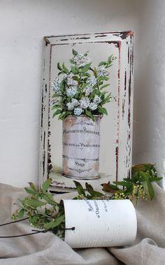 Painting on an Old Bread Board Decoupage Vintage, Shabby Vintage, Shabby Chic, Decoupage Wood, Tole Painting, Painting On Wood, Wooden Wall Art, Canvas Wall Art, Australian Artists