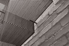 La Scala in lamiera forata ripiegata che traspare luce by Kevin Low | SalileScale