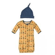 Print Layette Gown Converter & Knot Hat Set in Fuzzy Bee Guitars