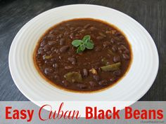Delicious and EASY Cuban Style Black Beans in just 20 minutes! Cuban Black Beans, Cuban Dishes, Mexican Food Recipes, Ethnic Recipes, Chilli Recipes, Cuban Cuisine, Caribbean Recipes, Caribbean Food, Good Food