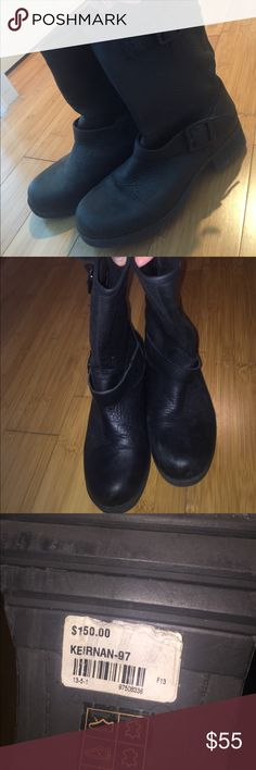 Aldo 6.5 NEVER WORN black pebble leather booties Aldo 6.5 NEVER WORN black pebble leather booties!! You can see from the bottom that these shoes have never been worn (only around the store)... leather is super soft and the actual shoes are structured so they won't lose shape! Don't miss out! Aldo Shoes Ankle Boots & Booties
