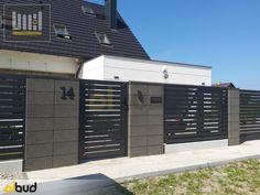 Fence Wall Design, Front Gate Design, Door Gate Design, Gate Designs Modern, Boundary Walls, Grades, Bungalow House Design, Garden Doors, Grill Design