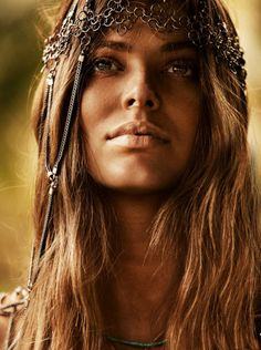 "Robyn Lawley in ""Off the Beaten Track"" by Steven Chee for Cosmopolitan Australia, November 2012"